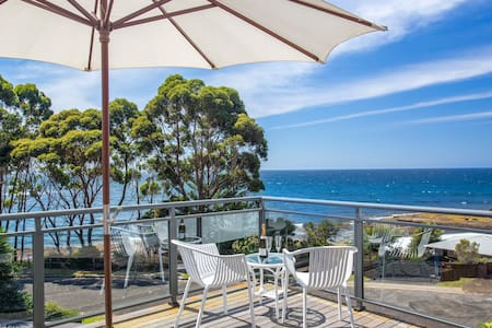 Como Apartment @Reef on Collers - for couples - Mollymook - Apartment