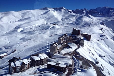 Flat, Valle Nevado ski resort Chile - Lo Barnechea