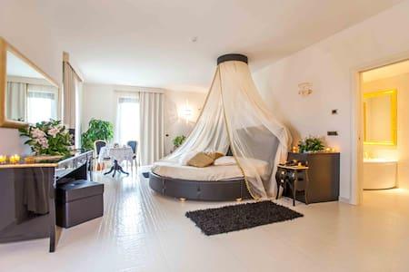 Suite Privilege - Montefredane - Villa