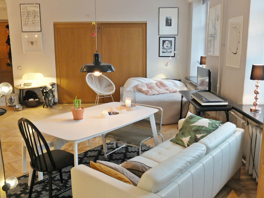 Hip studio apartement in the centre