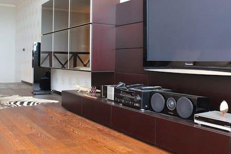 Двух уровневая квартира - Appartamento