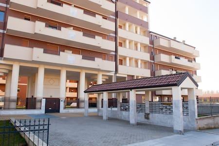 EXPO Appartamento E82 - Appartamento