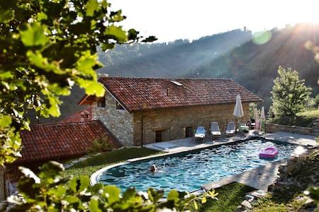 Villa dell'Orso, Piemonte (Asti) - Roccaverano - Villa