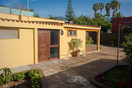 Quite house at El Socorro Valley - Tegueste