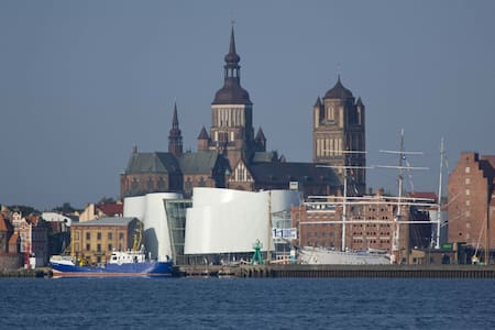 Ferienwohnung UNESCO-Weltkulturerbe - Stralsund - Lägenhet