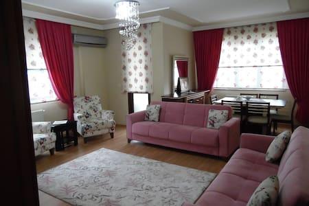 Comfortable Apartment 1 - Apartamento