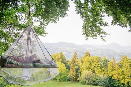 Sleeping on tree in touch of nature - Treehouse