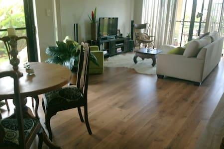 Three bedroom Garden Apartment  - Leilighet