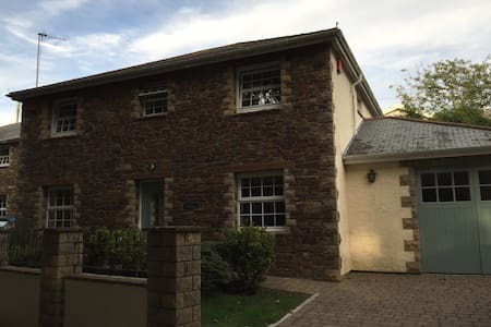 Double room, close to beach - Perranporth - House
