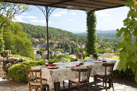 The Provence Dream, 18th century - Maison