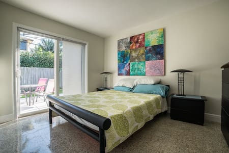 Private, Quiet 1BR w/Real Kitchen! - Fort Lauderdale - Appartamento