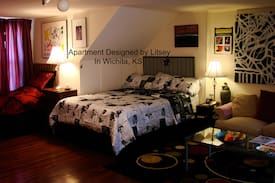 Picture of Studio Apartment 2 New Beds, & Art Gallery Litsey