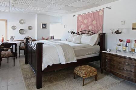 Highview Bed + Breakfast