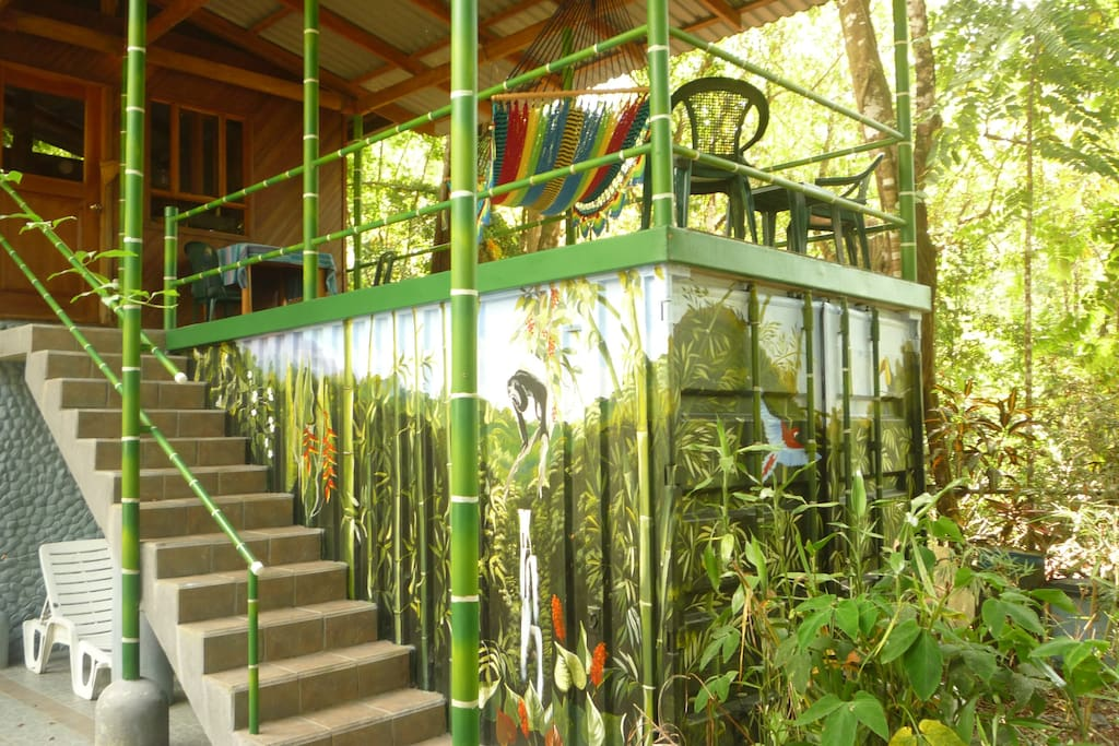 Casa Selva Cabinas - The Howler Hut