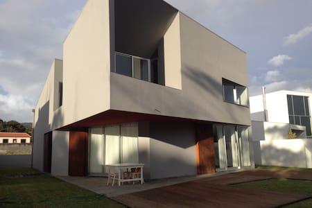 Great house near the sea - Casa