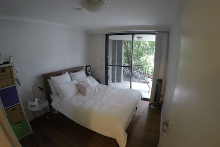 Lovely bedroom in Alexandria close to the city - Apartment