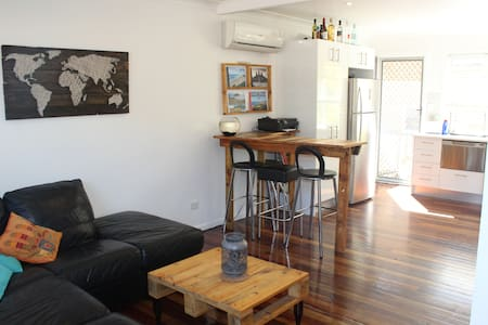 Perfect hideaway close to CBD - Lejlighed