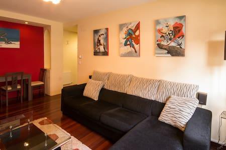 Piso con piscina en Castro Urdiales - Appartement