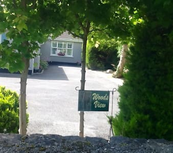 Woods View: Charming holiday rental - Ennis - Bungalow