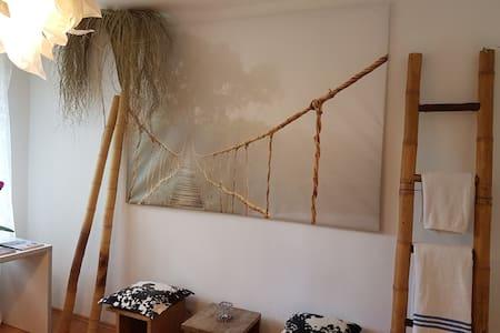 DESIGNER`s flat with garden - Apartamento