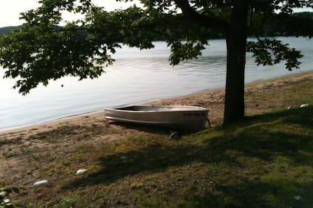 Lovely Adirondack Lake House - Caroga Lake - Huis