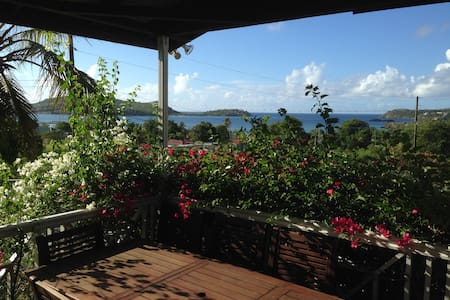 Almond Tree House, Falmouth, Antigua. Great Views - Hus