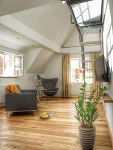Loftartiges Apartment auf 2 Ebenen - Apartament