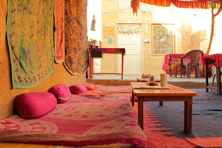 Budget Accommodation near Palace Museum! - Bed & Breakfast