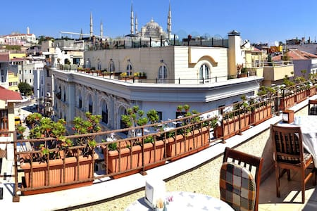 Central, Easy Access in Sultanahmet - Bed & Breakfast