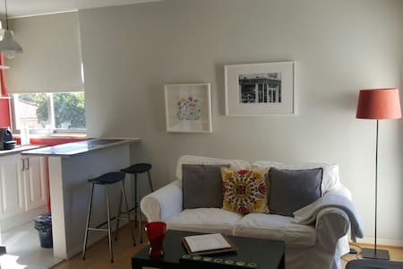 Lisbon beach apartement - Appartement