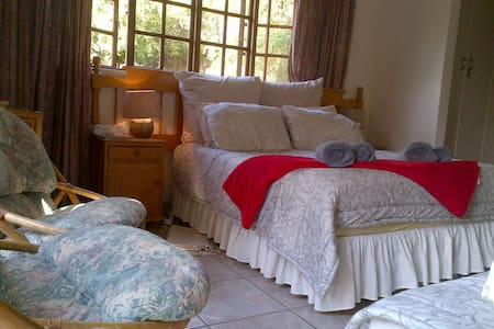 Peaceful Valley Family room - Roodepoort