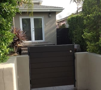 Private Studio in Del Rey - Los Angeles - House