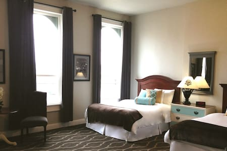 The Dilworth Inn & Suites - Other