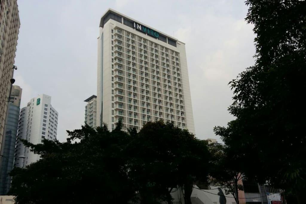 Same building with Invito Hotel