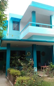 Mita's Blue Haven Home stay - Agra