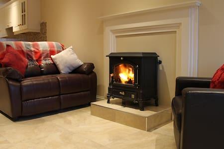 An Teaċ Árd - Dunmore - Casa