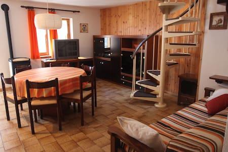 Mansarda in Valle di Gressoney - Fontainemore - Appartement