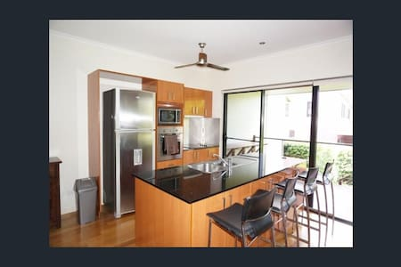 Stunning Townhouse in Whitsundays - Townhouse