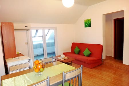 Cheap & Chic Apartment2 - Obrovac - Lejlighed