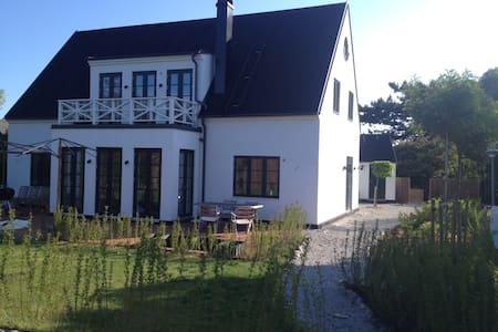 Falsterbo, 5 bedroom villa - Casa