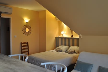 SOLEIL COUCHANT - Bed & Breakfast