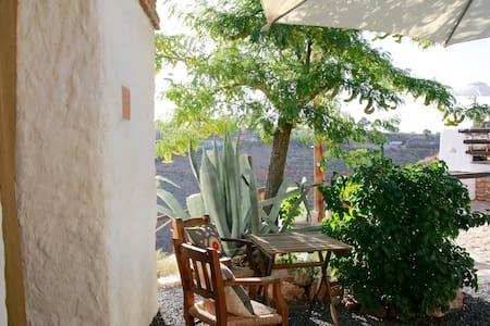 Cave House Guadix Granada . Pita - Los Balcones - Aarde Huis
