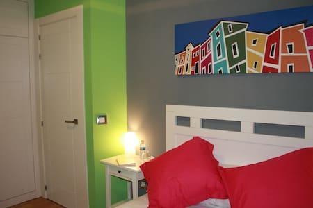 Apartamento Puente de la Trinidad +Wifi - Cuenca - Appartement