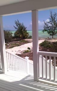 Mangrove Cay Sea View Villas - Villa