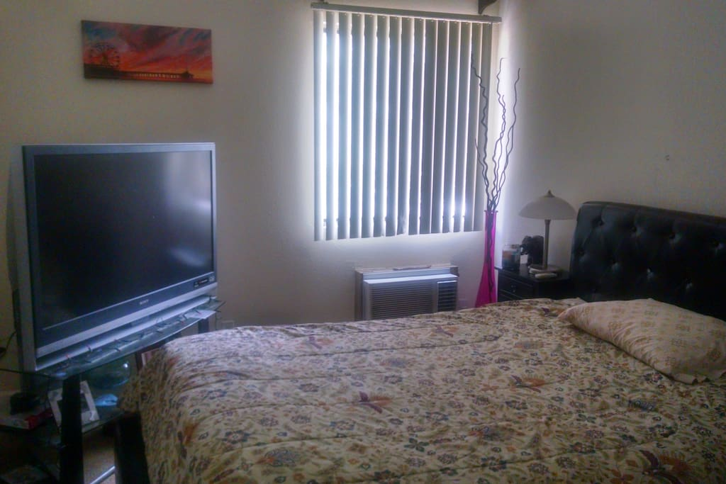 Comfort, privacy and luxury.Large screen TV.