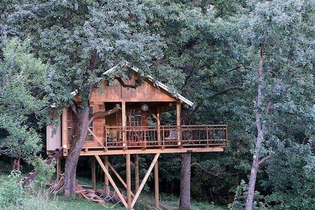 Treehouse Resnice - Cerovac Barilovićki - Dům na stromě
