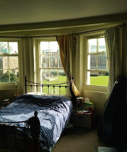 Incredibly central, sunny room.