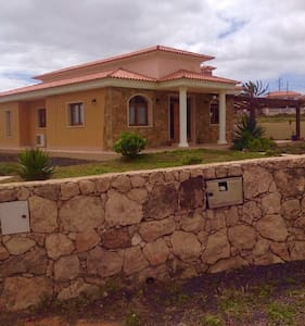 3 bed private villa with 6x12 pool - Triquivajate  - Casa de camp