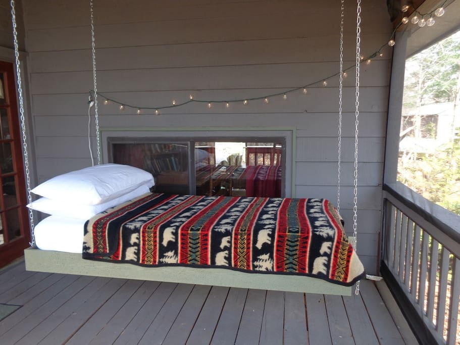hanging bed on the Screened in Porch!