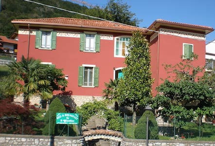 Bed&Breakfast in Villa Neo Classica - Bed & Breakfast